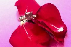 Rubelliitti ja timantit