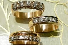 Keltakultaa ja timantteja